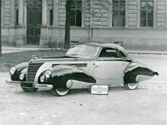 Aero 50 Dynamik zroku 1939 skaroserií Sodomka, zřejmě vprovedení faux-cabriolet