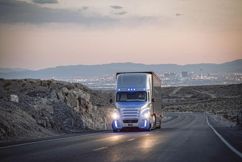 Společnost Daimler AG je celosvětovým průkopníkem vzavádění různých forem automatizované či autonomní jízdy vozidel.