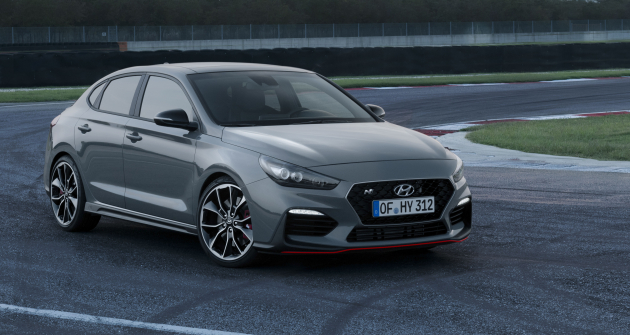 hyundai-i30-fastback-n-static-jan2019-23 127368