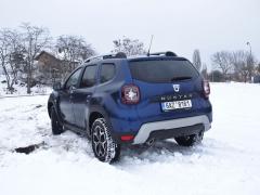 Dacia Duster – Upravena byla i záď, nové jsou koncové svítilny