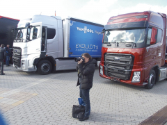 """Mezi pozvanými jsem """"odhalil"""" také pana Martina Felixe, ředitele vnějších vztahů odborného sdružení ČESMAD BOHEMIA, jejíž členové mohou zcela jistě využít nabídku nového importéra nákladních vozidel Ford."""