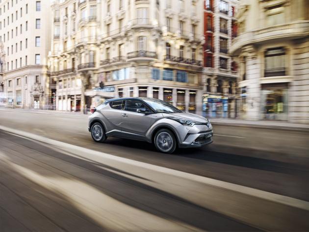 Toyota C-HR se líbí! Za první pololetí 2018 se v Evropě prodalo 78 369 těchto vozů
