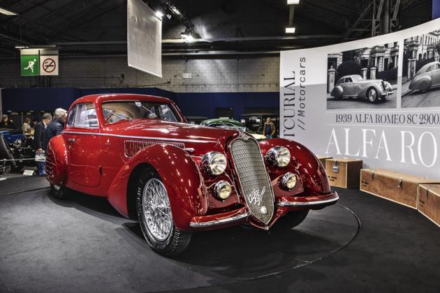 Alfa Romeo 8C 2900 B Lungo Berlinetta z roku 1939, která při aukci síněArtcurial změnila majitele zaohromnou částku 16 745 600 eur včetně prémií