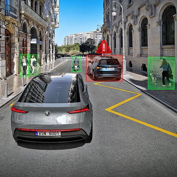 Adaptivní tempomat typický pro Level 1 – sám udržuje rychlost aodstup od vpředu jedoucího vozidla