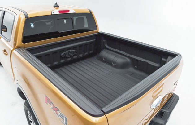 Vzávislosti nazvolené variantě má Ranger nosnost až 1252kg amůže táhnout přívěs ohmotnosti až 3,5t.