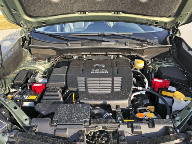 Zatím bude jedinou dostupnou verzí mild-hybridní soustava e-Boxer kombinující zážehový dvoulitr aelektromotor integrovaný do bezstupňové převodovky