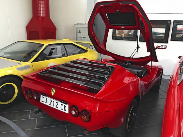 Velmi vzácné kupé římského výrobce Puma, spíše se angažujícího ve stavbě buggy a především motorových člunů