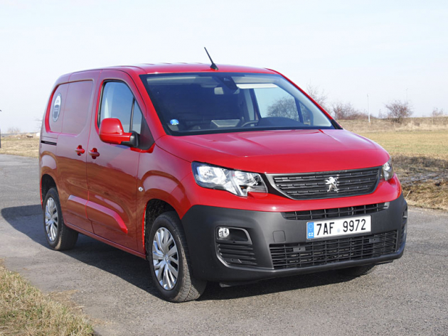 Peugeot Partner získal titul Van of The Year 2019