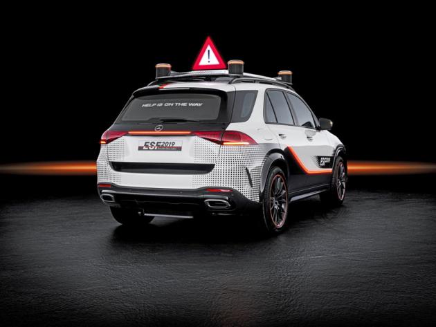 Nejnovější koncept Mercedes-Benz ESF 2019 je postaven na základě vozu Mercedes-Benz GLE