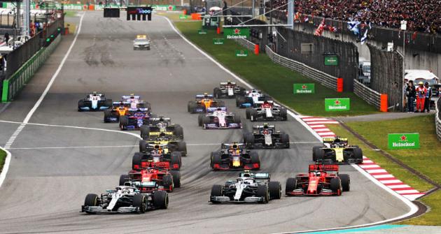 Po startu Velké ceny Číny 2019 jsou opět Mercedesy v čele,  aby obsadily první dvě místa v cíli