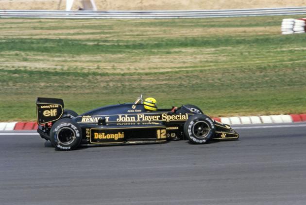 Legendární Brazilec Ayrton Senna na Lotusu 98T ve Velké ceně Maďarska 1986