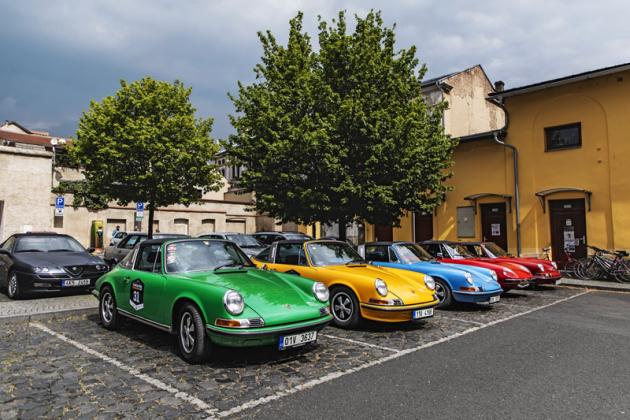 Tradičně hojná bylaúčast vozů Porsche 911