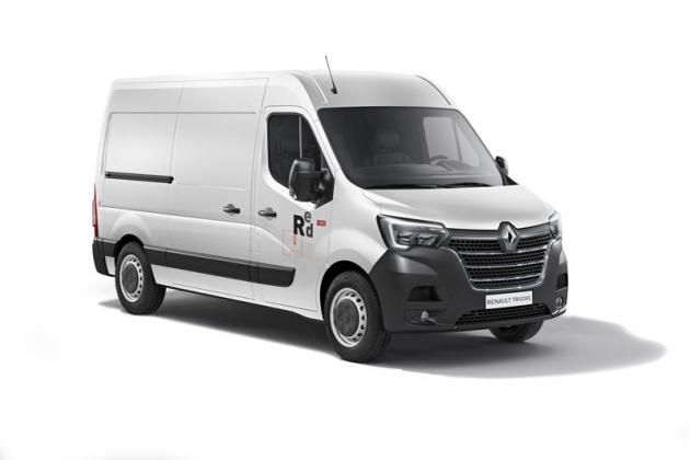 Renault Master vmodernizované podobě dostal upravenou čelní partii i světlomety