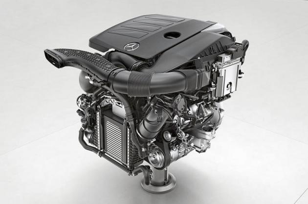 Zážehový čtyřválec M 264 patří do nové generace poháněcích agregátů Mercedes-Benz a počítá s instalací elektromechanických systémů včetně hybridních konfigurací