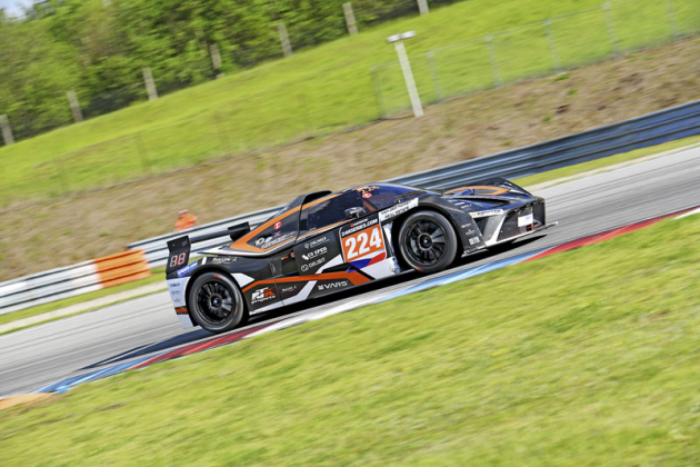 KTM X-BOW týmu RTR Projects, vítěz kategorie GT4