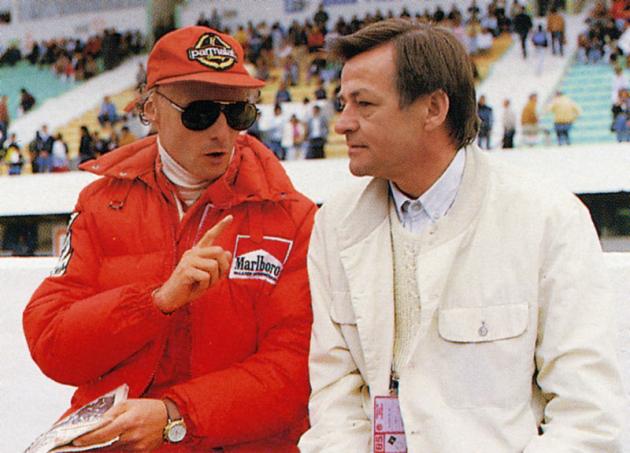S Hansem Mezgerem od Porsche, tvůrcem motoru TAG Turbo 1,5 l, s nímž vyhrál třetí titul mistra světa 1984 (McLaren)