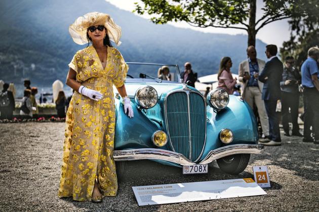 Delahaye 135 M smajitelkou zMonaka, která si odnesla cenu za nejstylovější dresscode