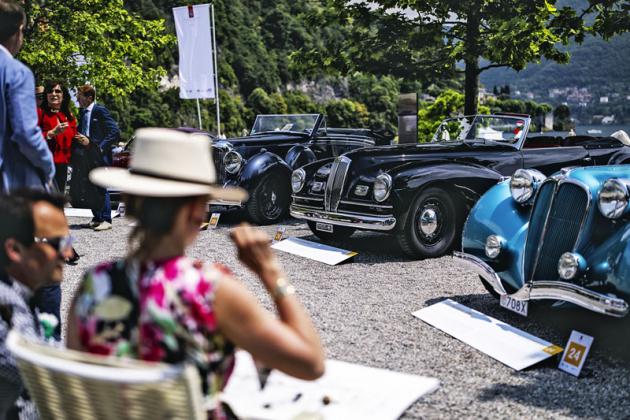 Trofej za nejlépe zachovalý meziválečný vůz získala od FIVA černá Lancia Astura Serie IV s motorem V8 (1938)