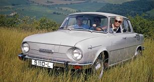 Předsériová Škoda 110 L na reklamním snímku pořízeném na jaře 1969