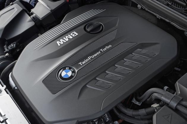 Jedině verze 330d bude mít při uvedení na trh pod kapotou řadový šestiválec. V tomto případě vznětový s objemem 3,0 l a výkonem 195 kW (265 k)
