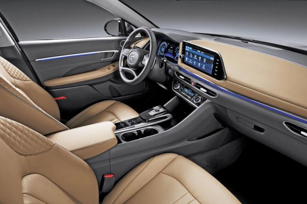 Palubní deska připravované Sonaty naznačí stylistický jazyk budoucích vozů Hyundai
