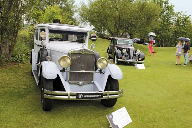Praga Grand zroku 1929 využívá k pohonu zadních kol osmiválcový motor oobjemu 3,7 litru a výkonu cca 65koní