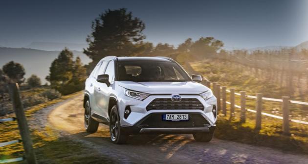 Toyota RAV4 – čtvrtstoletí suverenity