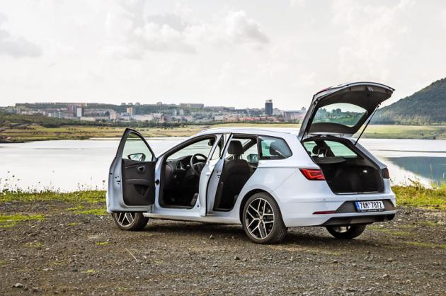 Seat Leon ST 1.5 TGI v testované výbavě FR představuje velmi zajímavou možnost, jak pořídit vůz kombinující atraktivní sportovní design, ekologicky šetrný motor a nízké provozní náklady. Protože aktuální generace končí, dáse dnes dříve relativně drahá verze spalující CNG pořídit za příznivé ceny