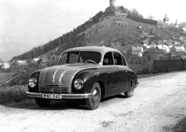 V roce 1953 vznikly tři prototypy Tatraplan Diesel snaftovým motorem