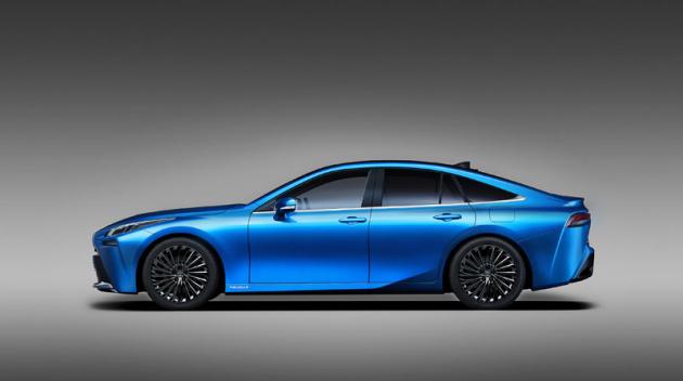 Mirai druhé generace je zcela jiný než ten stávající: vychází zněkdejší studie Lexus LF-FC, je nižší a má pohon zadních kol