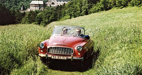 Na jaře 1959 převzala štafetu typu Š 450 modernizovaná Škoda Felicia
