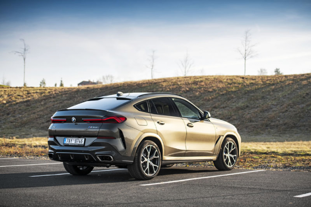BMW X6 (G06)