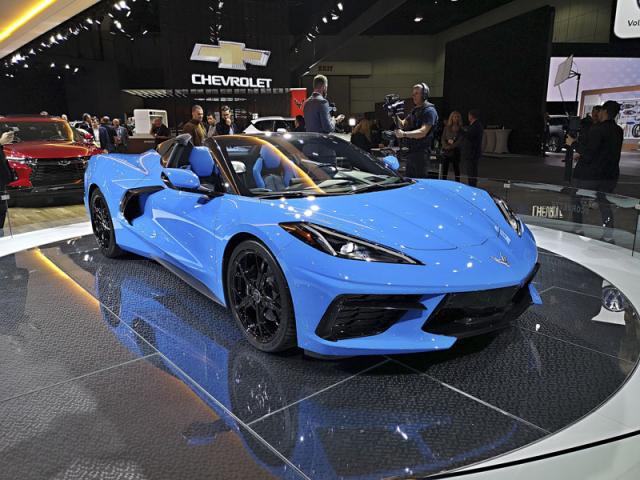 Pro GM revoluční Corvette Stingray si v Los Angeles mohli návštěvníci prohlédnout vůbec poprvé