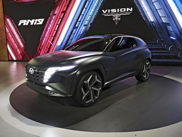 Hyundai Vision T budil na stánku vLos Angeles velkou pozornost zejména rozložením hlavních světlometů do masky chladiče