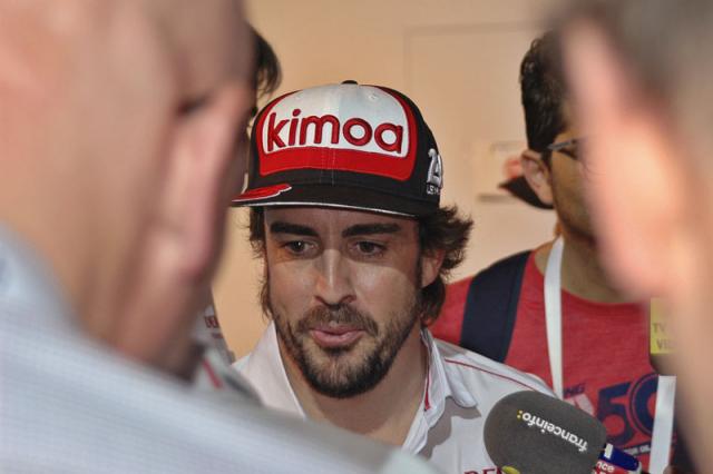 Fernando Alonso vyhrál dvakrát 24 h Le Mans, nyní se vydal na Dakar a pokusí se znovu o vítězství v 500 mil Indianapolisu