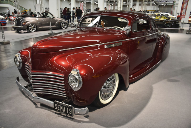 Chevrolet Coupe z roku 1940 v retrotuningu