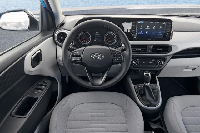 Volant a multimediální systém jsou vysoko nad standardy daného segmentu minivozů