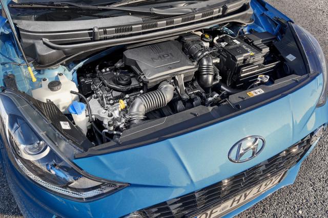 Základem nabídky pohonných jednotek je atmosféricky plněný tříválec sobjemem 1,0 litru