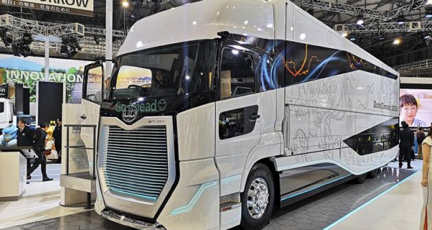 UD Trucks Quon Concept 202X naznačuje podobu dálkové přepravy budoucnosti