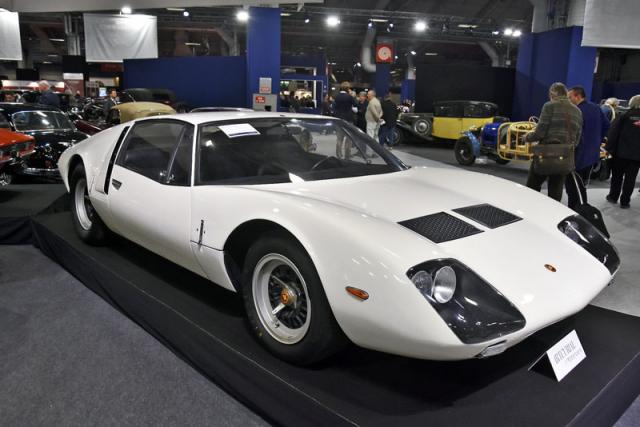 Serenissima Agena (1967), šasi # 001; motor 358 V8 3,5 l, čtyři karburátory Weber DCN14, stejný jako u Le Mans spyderu. Výjimečně zachovalý prototyp z majetku hraběte Volpiho s vyvolávací cenou 0,4 až 0,6 milionu eur, v únoru 2019 vydražen za 441,04 tisíc eur