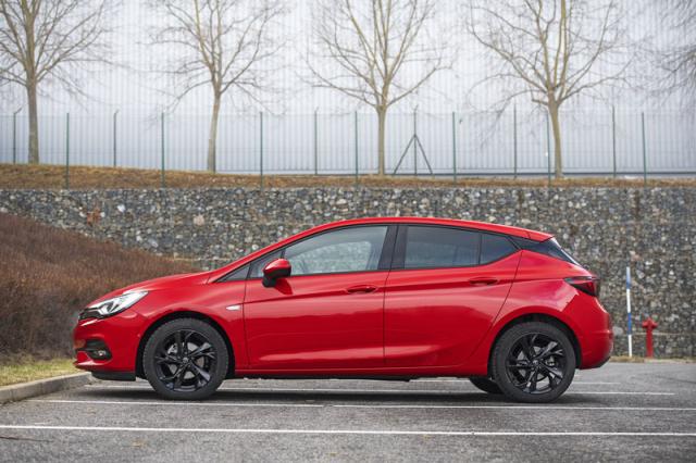 Opel Astra 1.2 Turbo Elegance