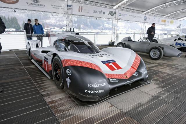 Jeden z nejrychlejších automobilů, jaký kdy byl vyroben. Porsche 919 Hybrid Evo je malý technický zázrak