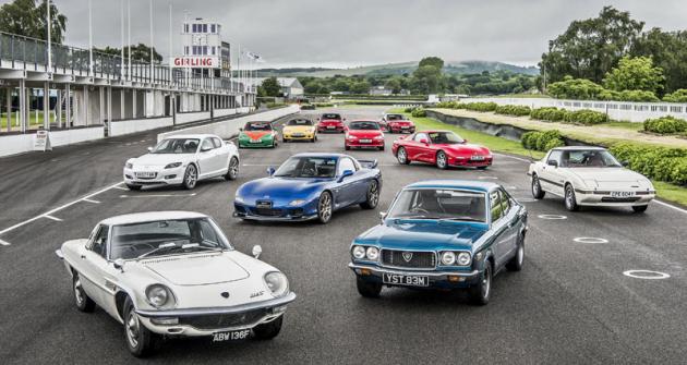 Mazda se postupně z producenta užitkových vozidel zaměřovala na stále emotivnější automobily. Zde ukázka sportovních modelů historie asoučasnosti