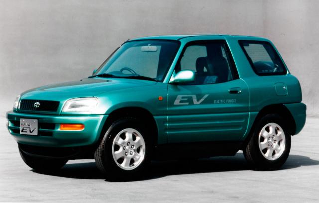 Elektrické provedení typu RAV4 vstoupilo do sériové produkce roku 1997