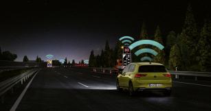 Volkswagen Golf Car2X