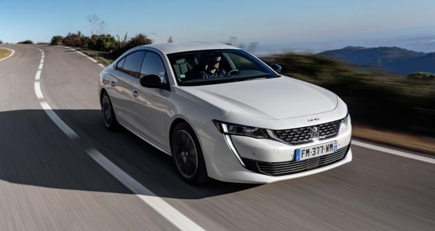 Ani po dvou letech od své premiéry neztratil Peugeot 508 na atraktivitě. Nyní přichází splug-in hybridním pohonem