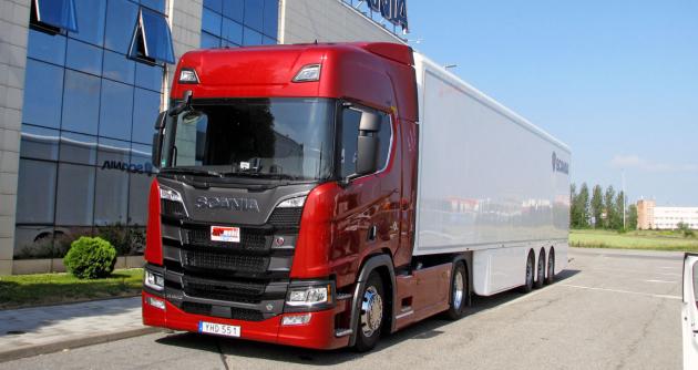 """Scania V8 """"King of the Road"""" v našem předloňském testu"""