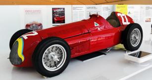 Monopost Alfetta 158/159, vítěz prvních dvou ročníků mistrovství světa F1 (1950 Nino Farina, 1951 Juan-Manuel Fangio)