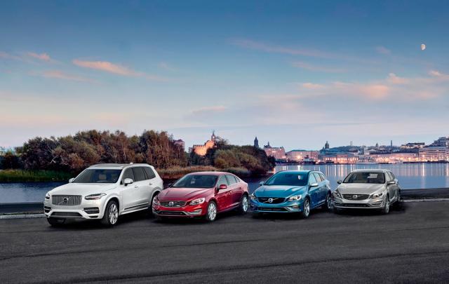 Volvo patří k průkopníkům plug-in hybridních pohonů, zprava: V60 D6 Plug-In Hybrid (2011), V60 D5 Plug-in Hybrid (2015), S60 T6 Twin Engine (2015) aXC90 T8 Twin Engine (2015)