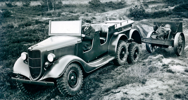 Ford V8 – Trado (1935)